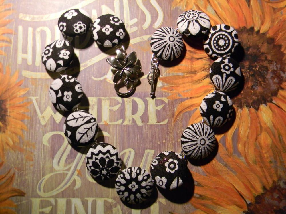 Fabric Button Necklace - Black/White FlowersFrom siljewel